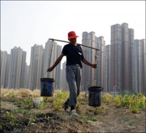 Prospérité économique pour tous ! Combien de Chinois (sur)vivent avec un dollar par jour ?