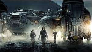 """""""Prometheus"""" de Ridley Scoot est, par rapport aux """"Alien"""", un/une..."""