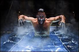 """""""X-Men Origine : Wolverine"""" de Gavin Hood est, par rapport à """"X-Men"""" de Brian Singer, un/une..."""
