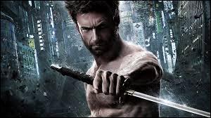 """""""Wolverine : Le Combat de l'immortel"""" de James Mangold est, par rapport à """"X-Men"""" de Brian Singer, un/une..."""