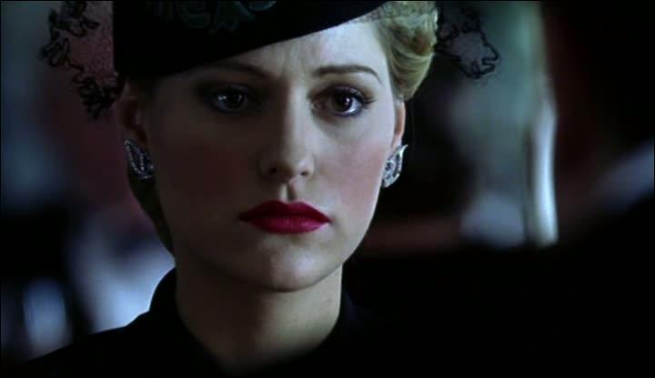 Combien d'années se sont écoulées entre la mort d'Amyas et la visite de Carla à Poirot ?