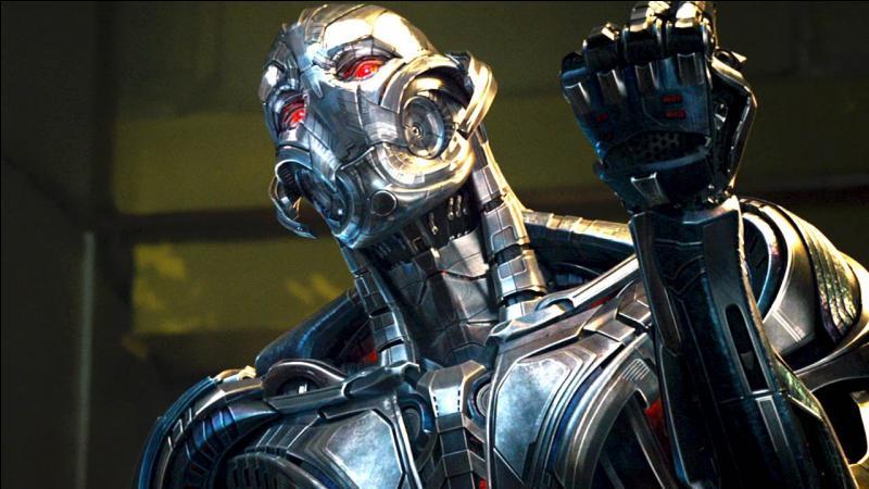 """Dans """"Avengers 2 : L'Ère d'Ultron"""", quel est le nom du super-héros pouvant soulever marteau de Thor ?"""