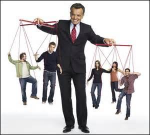 Cette série, beaucoup plus récente, fut diffusée sur Canal en 2008.Pourquoi Sam doit-il travailler pour le Diable et récupérer toutes les âmes qui se sont enfuies de l'enfer ?