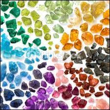 Parmi ces cristaux, lequel est le plus rare ?