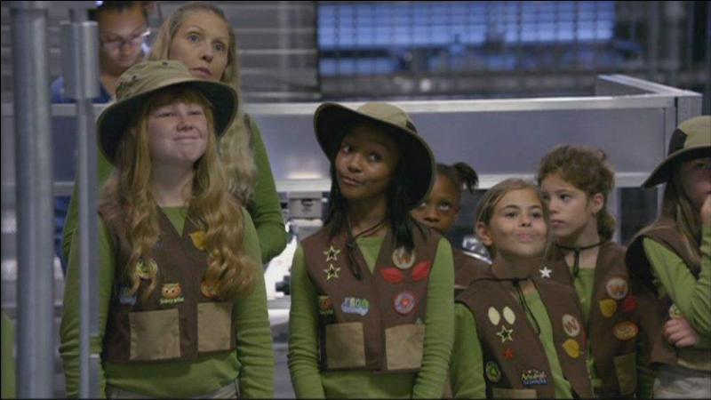 Comment s'appelle ce groupe de jeunes scouts féminins ?