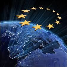 Combien l'Union européenne compte-elle d'Etats membres en 2015 ?