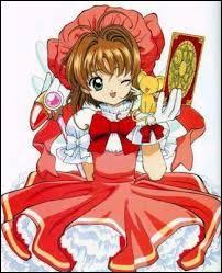Comment s'appelle l'héroïne qui chasse des cartes magiques dans un célèbre manga ?