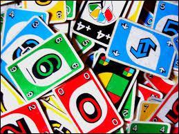 """Quel est le but du jeu de cartes américain """"Uno"""" ?"""