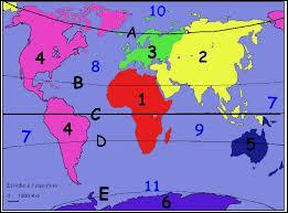 Sur quel continent se situe successivement chacun de ces sommets ? Everest, Mont Kilimandjaro, Mont Blanc. Désignez la bonne proposition ci-dessous.
