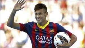 Quel(s) club(s) Neymar Jr a-t-il parcouru toute sa carrière ?
