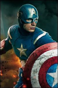 Qui interprète le sculptural Captain America ?