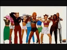 """Qui est l'auteur de la célèbre chorégraphie présente dans le clip de la chanson """"Macarena"""" du groupe Los Del Rio ?"""