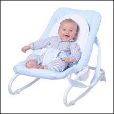 Une position semi-assise est recommandée pour le bébé atteint de bronchiolite :