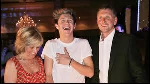 Comment se nomment les parents de Niall ?