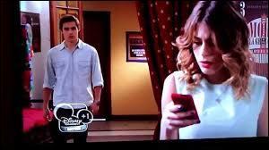 Avec qui Diego a-t-il un plan contre Violetta ?
