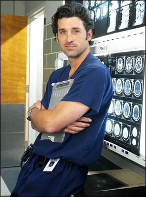 Le docteur Derek Shepherd a-t-il joué dans une autre série avec le même nom ?