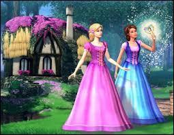 Comment s'appelle la fille avec la robe rose ?