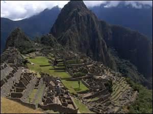 Où se situe la vieille montagne des Incas ?