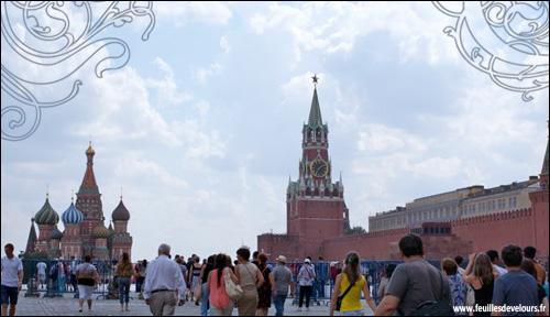 Dans quel pays mon ami Marcel est-il en vacances ? (Indice : Bécaud y avait une guide blonde)
