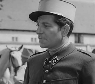 """Dans quelle arme sert Lucien Bourrache dit """"Gueule d'Amour"""" ?"""