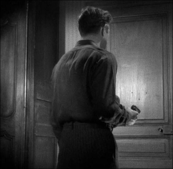 """Qui François (Jean Gabin) assassine-t-il dans """"Le jour se lève"""" ?"""