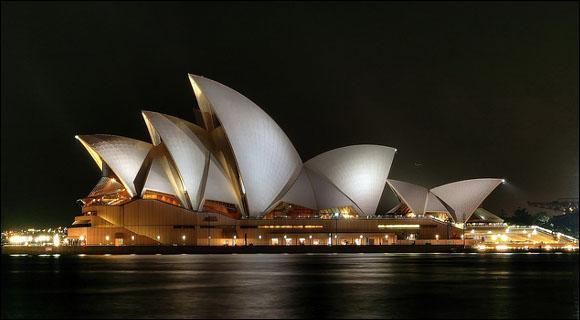 L'opéra de Sydney est le centre de spectacle le plus actif au monde. Mais combien de personnes assises peut-il accueillir ?