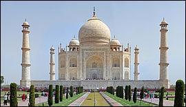 Quelle est la fonction du Taj Mahal, qui se trouve en Inde ?