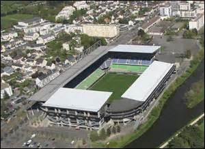 Ce stade breton va prochainement changer de nom, c'est :