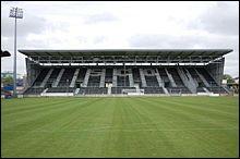 Ce club promu, dix septième ville de France et qui jouera encore sur le vieux stade Jean Bouin :