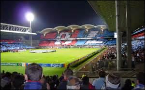 En février 2016, ils joueront au stade des Lumières. Mais pour le début de la saison, ce sera toujours le stade :