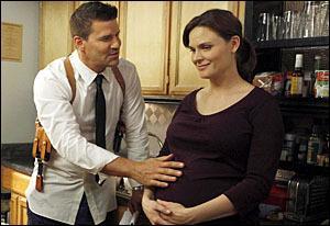 Pendant quelle saison s'installe-t-il avec Brennan ?