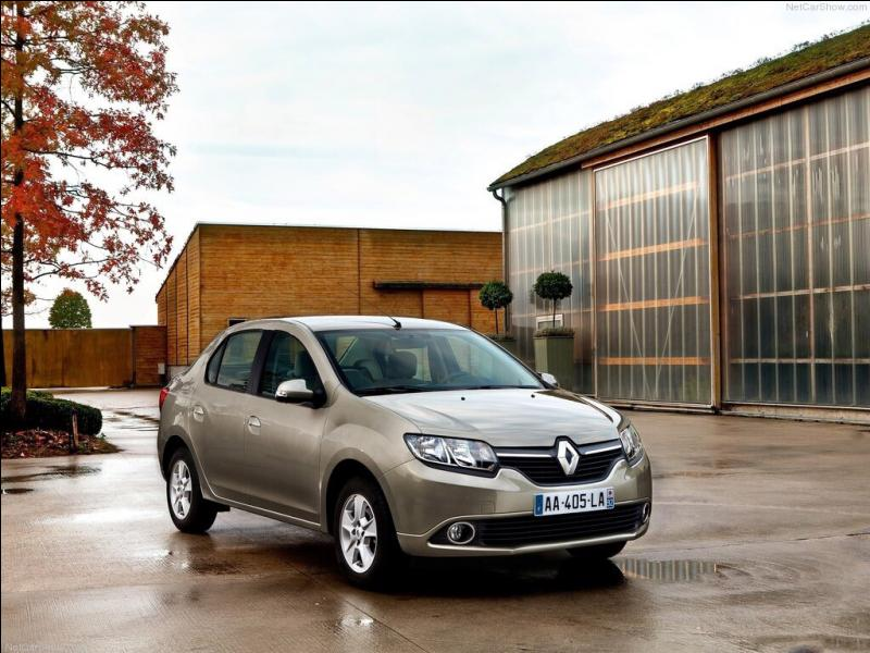 Quelle est cette berline Renault ?