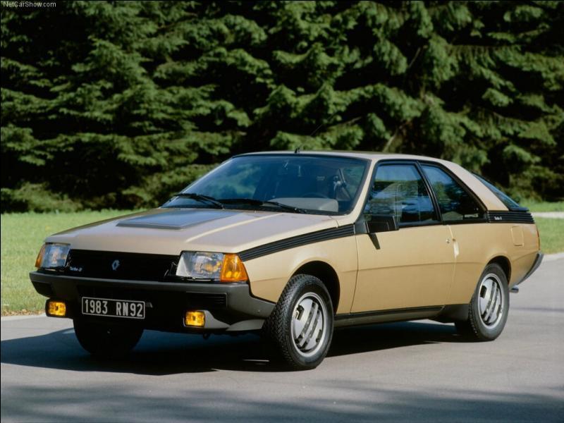 Quelle est cette vieille Renault de sport ?
