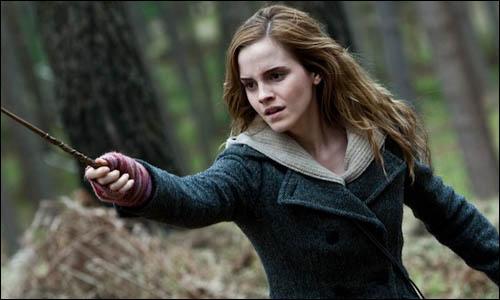 Chaque élève lance ses sorts plus ou moins vite. Ron lance moins vite que Harry.Hermione lance plus vite que Neville mais moins vite que Ron.Neville lance moins vite que Harry mais plus vite que Seamus.Enfin, Harry lance plus vite que Seamus.Classez les du plus rapide au plus lent.