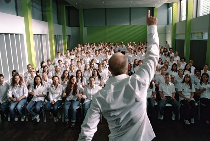 Votre prof d'histoire est sympa, sauf que... il fait de sa classe une dictature ! Dans quel film apparaît ce personnage ?