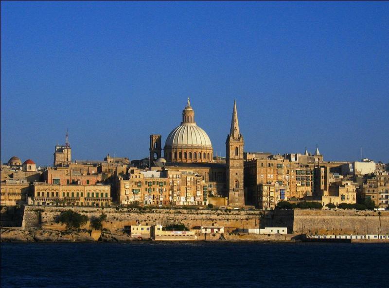 Malte est le plus petit État de l'Union européenne. Sa capitale peuplée d'environ 6 600 habitants porte le nom de son fondateur. C'est :