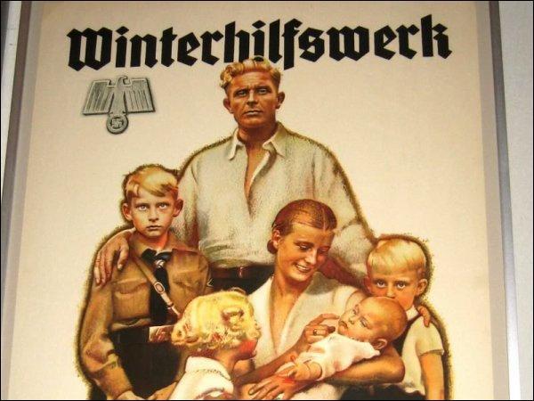 Hitler vise à protéger...