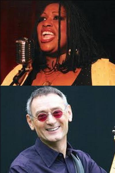 Avec quel chanteur Carole Fredericks et Michael Jones ont-il formé un trio ?