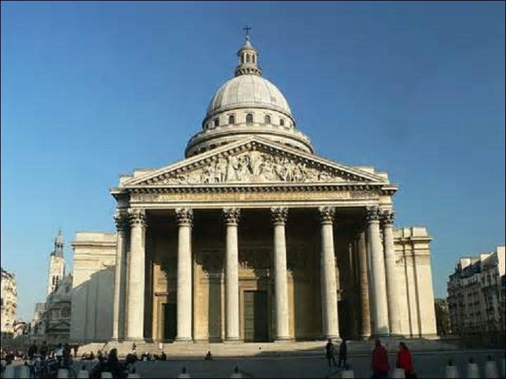En décembre, dans le 5ème arrondissement de Paris, est terminée la construction d'un édifice commencé en 1758, d'après les plans de l'architecte Jacques-Germain Soufflot. Prévu au départ pour accueillir la châsse de Sainte-Geneviève, elle abrite et honore aujourd'hui les grandes personnalités de notre pays. Mais quel est le nom de ce monument ?