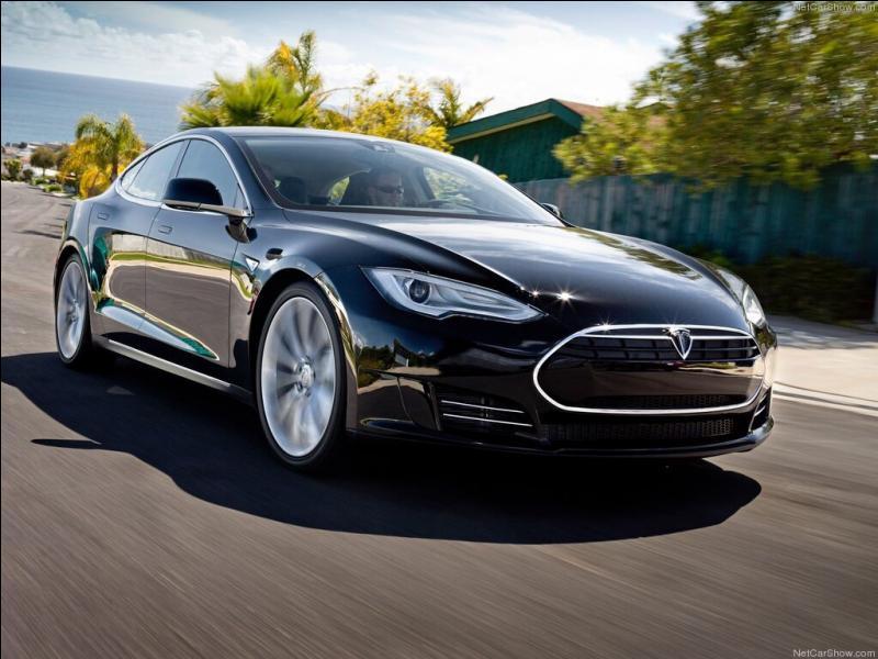 Quelle est cette Tesla ?
