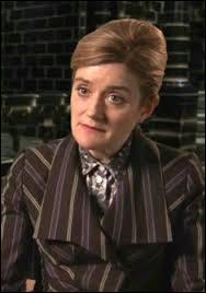 """L'actrice qui joue Mafalda Hopkrik dans """"Harry Potter 7"""" a-t-elle joué dans """"Doctor Who"""" ?"""