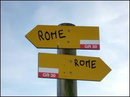 """Que signifie l'expression """"Toutes les routes mènent à Rome"""" ?"""