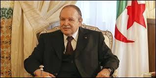 Combien de fois le président Abdelaziz Bouteflika a-t-il été réélu (2014) ?