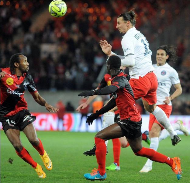 18e journée de Ligue 1, Guingamp reçoit le PSG et ses stars. Quel est le résultat du match ?