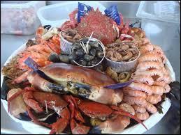 Parmi ces fruits de mer, lequel n'est pas comestible ?