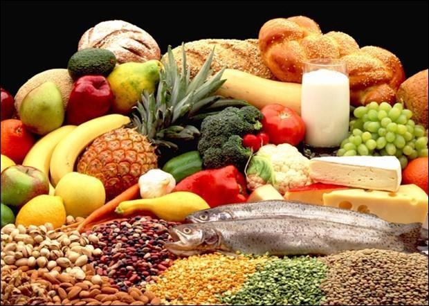 Quel groupe d'aliments peut-on consommer à volonté ?