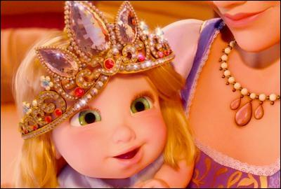 Qui a volé la couronne du château ?