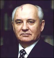 """Qui fut le dernier ''grand dirigeant"""" de l'URSS ?"""