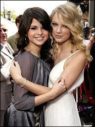Ils ont fait la première partie de Taylor Swift et de Selena Gomez :