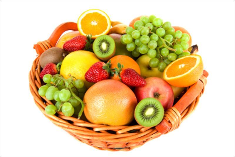 Quel est le fruit dont l'interaction avec 89 médicaments s'avère parfois très dangereuse ?